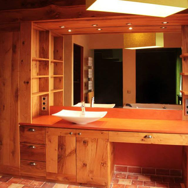 Ebénisterie salle de bain agencement pour particulier
