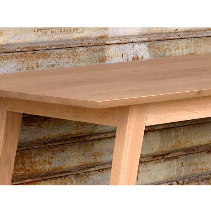Table ouf table rectangulaire en ch ne massif for Table en chene rectangulaire