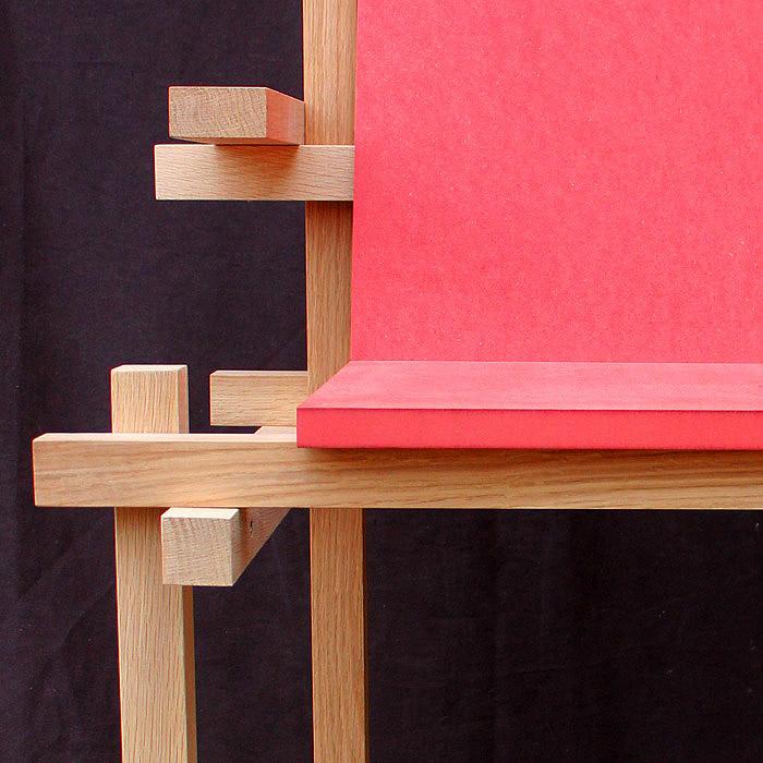 Chaise haute d 39 exterieur en palette for Chaise haute design bois